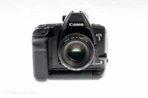 EOS 3 Frontal