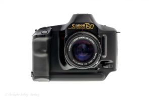 Canon T90 frontal